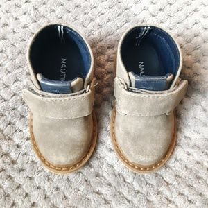 81d79032 Kids Shoes Boots on Poshmark